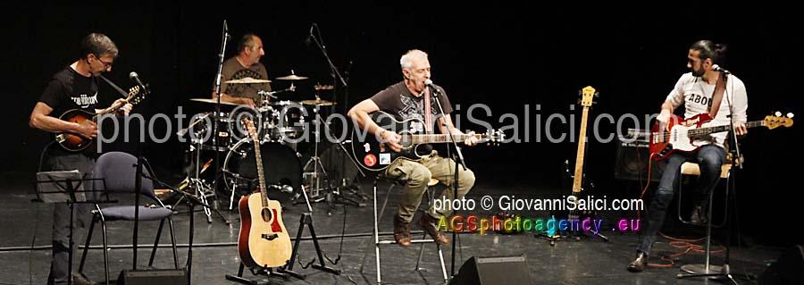 Il ritorno dei De Sfroos sul palco del Teatro Foce a Lugano il 24 settembre 2020 photo © Giovanni Salici