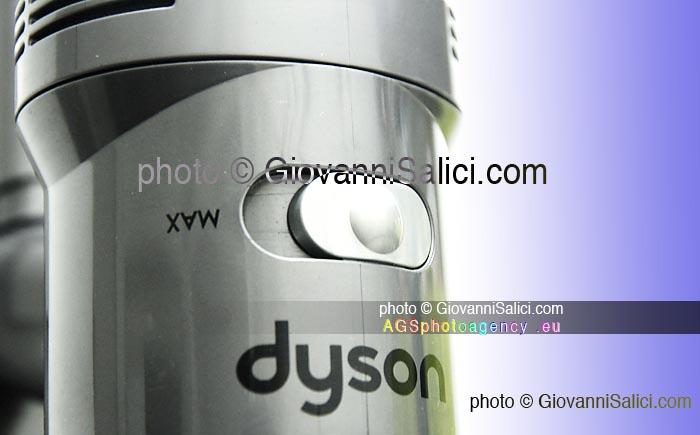 Dyson V7 la recensione: prodotti - opinioni photo © Giovanni Salici